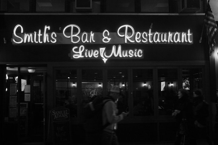 Live Music at Smith's Bar NYC