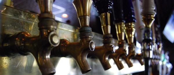 westside-brewhouse_taps