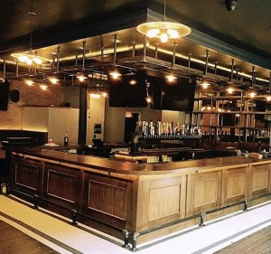 amityhall-uptown-new-bar