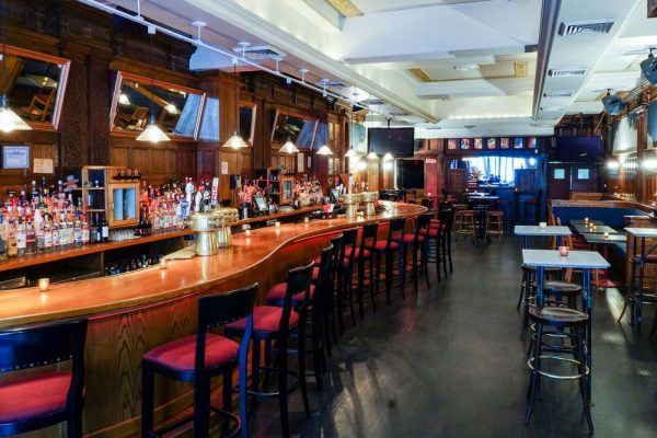 windfall is a classic midtown bar restaurant featuring a long 44