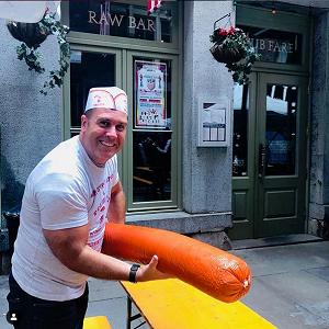 Резултат с изображение за the biggest hot dog New York Giness